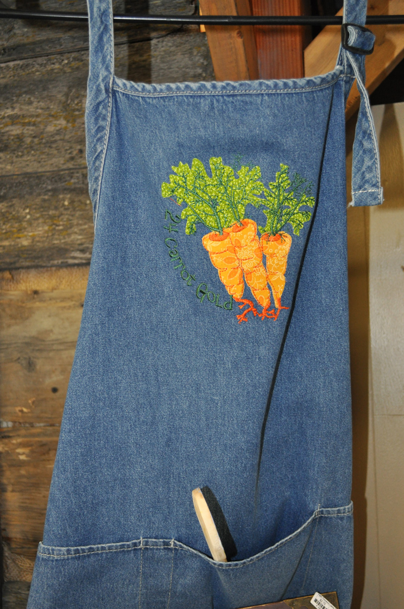 24-carrot-gold-apron